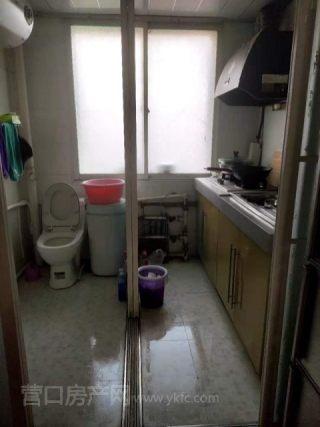出租(站前区)小雨园1室1厅1卫32平简单装修