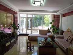 (西市区)金典花园,1越2/6楼,带庭院,4室2厅2卫,128万,210m,²精装修,出售