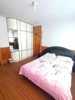 (站前区)五大门小区3室1厅1卫800元/月94m²中档装修出租
