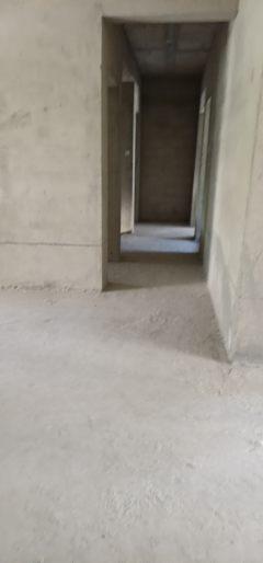 (沿海产业基地)中恒湖滨壹号4室2厅2卫122万206m²出售