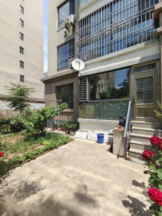 金御蓝湾一楼带40平院子68.5万出售