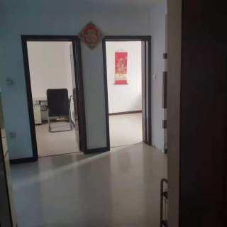 (站前区)红房子里2室1厅1卫750元/月64m²中档装修出租