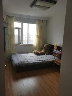 (老边区)槐花园(老边区)1室1厅1卫750元/月52m²出租